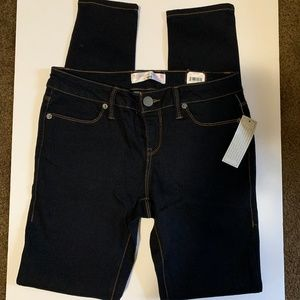 NWT No Boundaries, Skinny Jeans Size 5 Jr. (64)